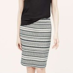 EUC LOFT Curvy Fit Striped Jacquard Pencil Skirt